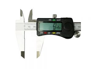 "Digital Caliper 200mm / 8"" with Fractions M739"
